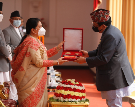 President decorates  633 persons for their contribution to different sectors of society