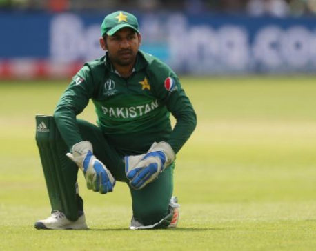 Pakistan axe Sarfaraz, name Azhar as test captain