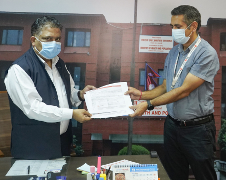 Save the Children providesseven units of ventilators to Health Ministry