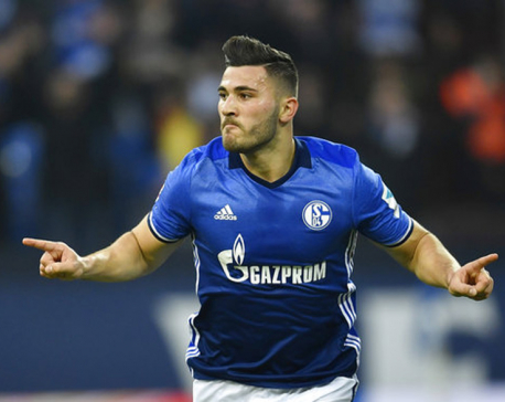 Arsenal makes defender Kolasinac  as their 1st offseason recruit