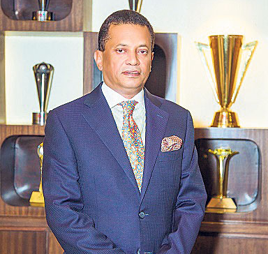 Siddartha Shamsher JBR receives highest individual taxpayer award: SGC