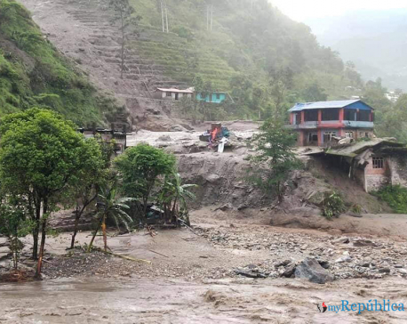 Sindhupalchwok flood: Debris in Bhotekoshi obstructs rescue operation