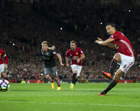 Zlatan stars as United beats Southampton 2-0