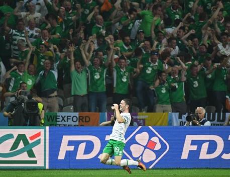 Ireland's resilience rewarded, late winner versus Italy