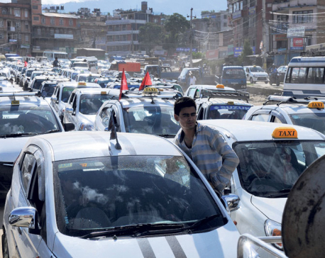 Govt calls taxi drivers' demands irrational