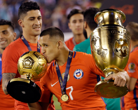 Chile's Alexis Sanchez wins Golden Ball for Copa America