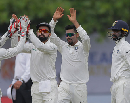 India forces Sri Lanka follow on with 439-run lead