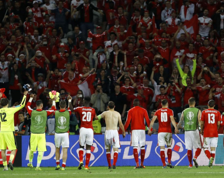 Switzerland celebrates 1st appearance in knockout stage