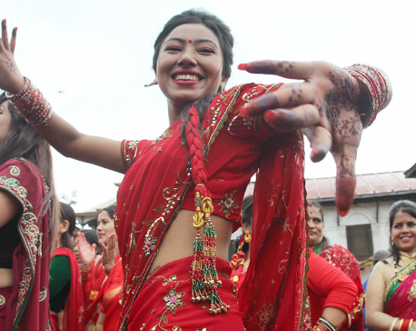 Happy Teej! : Women throng Pashupatinath