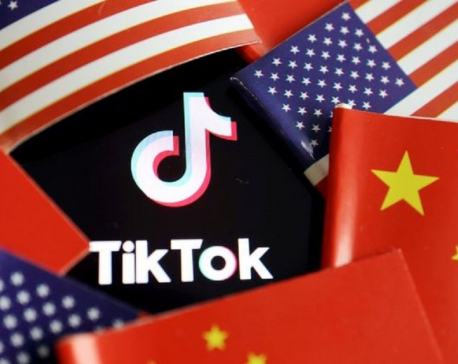 Trump to block U.S. downloads of TikTok, WeChat on Sunday: officials