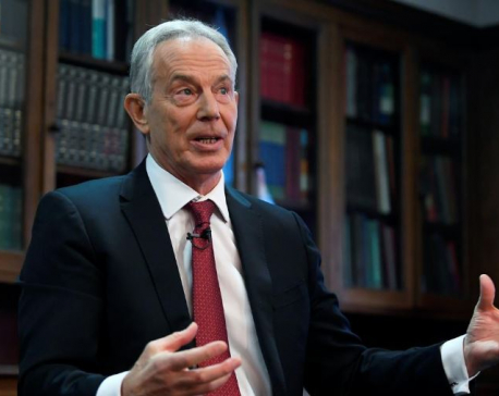 Blair tells Labour: change or face dustbin of history