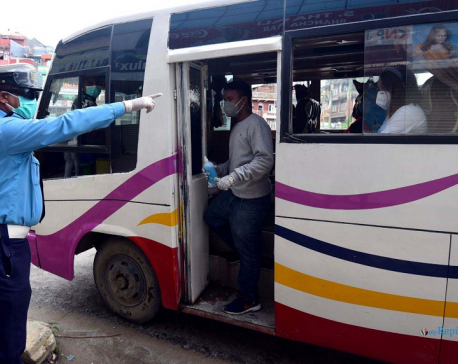 PHOTOS: Traffic police inspecting vehicles as public transportation resumes in Valley