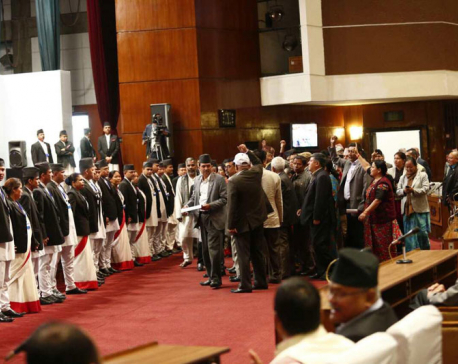 Speaker fixes time for deliberations, UML protests in wells
