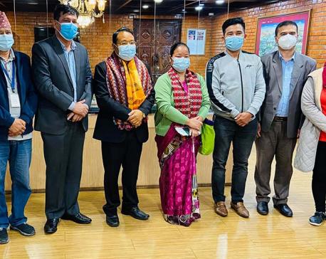 Maoist leader Barshaman Pun leaves for Thailand for treatment