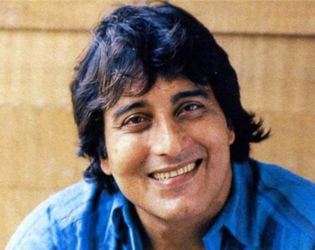 Veteran actor Vinod Khanna passes away