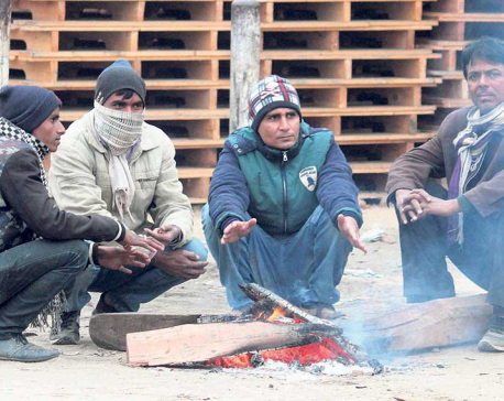 Westerly winds cripples life in Tarai