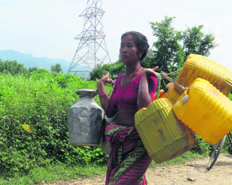 Drinking water shortage at earthquake displaced survivors' settlement