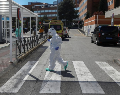 Nearly 12,300 Spanish health workers have coronavirus