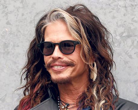 Aerosmith's Steven Tyler shuts down heart attack rumors