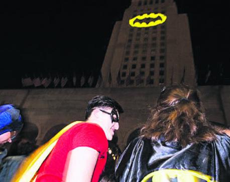 BAT-SIGNAL LIGHTS UP LOS ANGELES