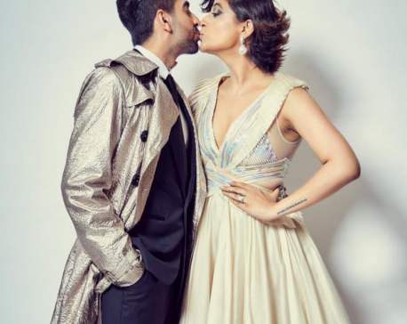 Ayushmann Khurrana and Tahira Kashyap seal their love with a kiss as they celebrate Christmas!