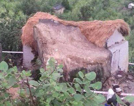 3 buried and 7 injured as boulder fell on house