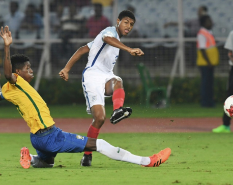Brewster sends England into Under-17 World Cup final