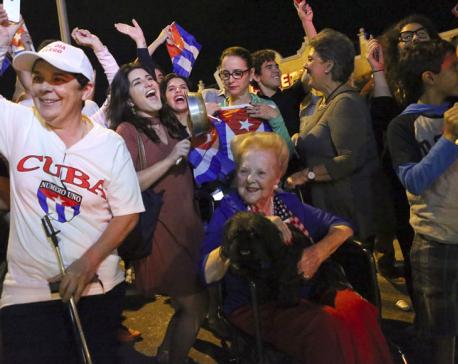 Celebration, sorrow mingle after death of Fidel Castro