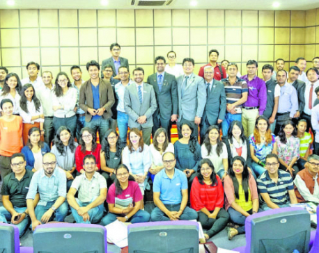 Club Officers conducts training for toastmasters