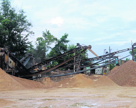 Crusher plants operating without license, administration stays quiet