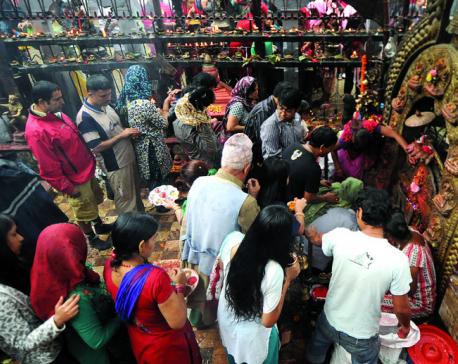 Devotees throng goddess shrines to observe Maha Astami
