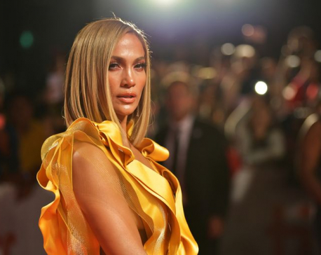 Jennifer Lopez talks about social distancing amid COVID-19 scare