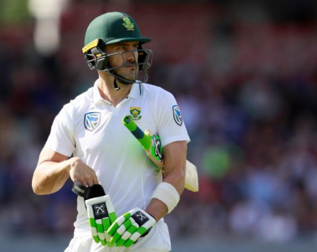 Balanced England can win Ashes, says du Plessis