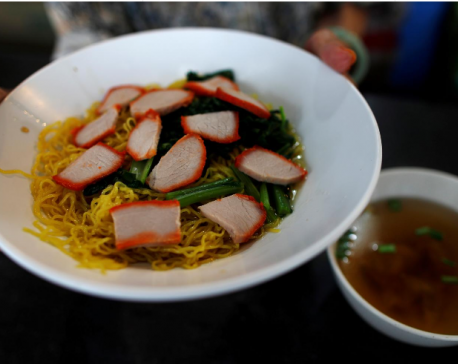 """Singapore's foodie """"hawker"""" culture given UNESCO recognition"""