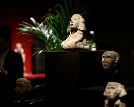 French auctioneer defies Mexico with sale of pre-Columbian artifacts