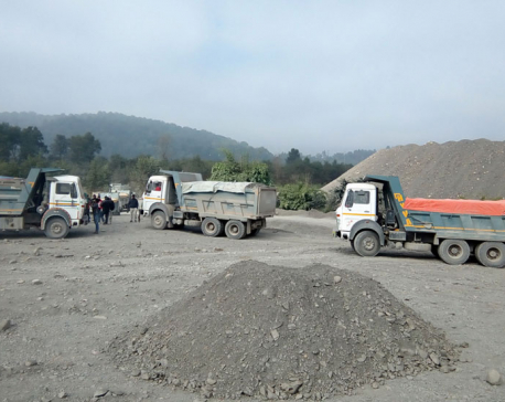 27 tippers impounded for collecting aggregates illegally