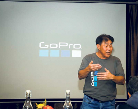 GoPro trains retailers