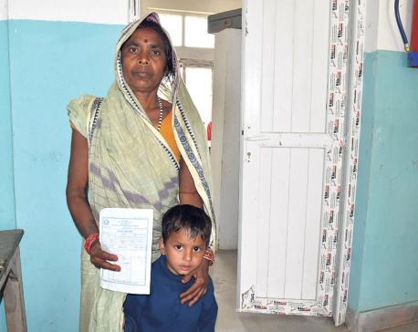 'Govt hospitals without doctors, medicines'