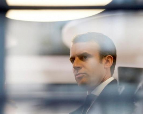 French candidate Macron claims massive hack as emails leaked