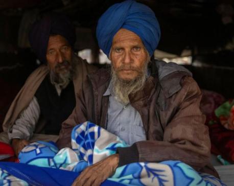 Indian farmers start hunger strike to pressure Modi on reforms