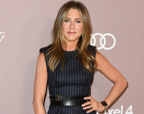 Jennifer Aniston won't let Instagram become an addiction, will use two phones