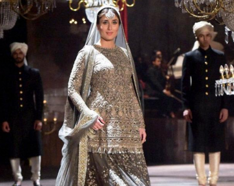 Kareena gets emotional as she walks on ramp with baby bump