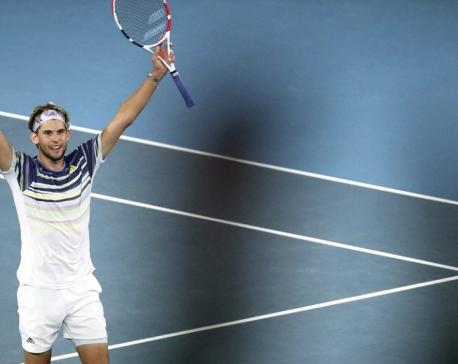 Thiem beats Zverev to reach 1st Australian Open final
