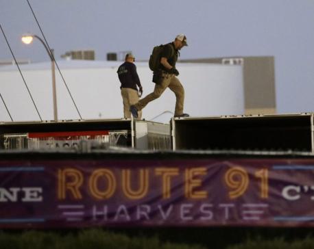 Vegas gunman transferred $100K, set up cameras at hotel room