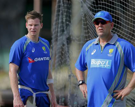 Australia extends Coach Lehmann's contract to 2019