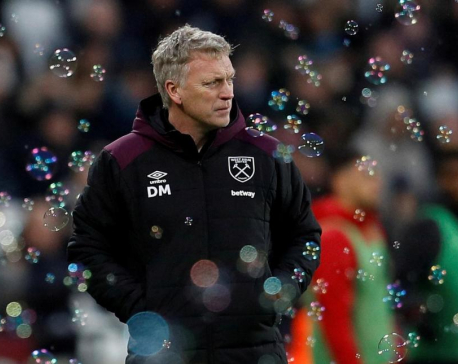 West Ham reappoint Moyes in bid to avoid relegation scrap