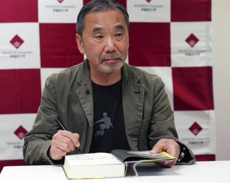 Murakami urges politicians to speak sincerely about virus