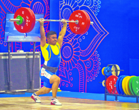 Nepali weightlifters improve personal records