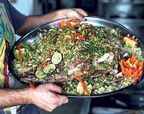 Palestinians share appetite for traditional food