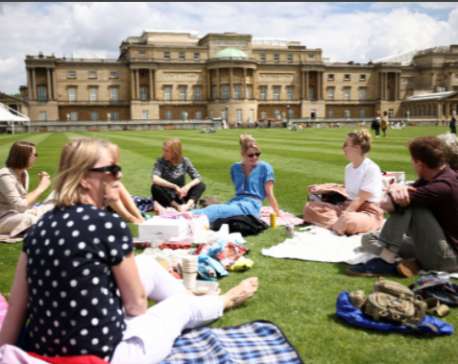 If you go down to the palace today... you can have a picnic
